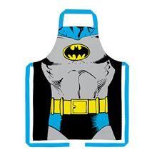 Um avental de cozinha que vai trazer estilo e diversão para preparar aquele jantarzinho para a família. Para você ou para presentear uma pessoa que gosta de cozinhar e ama os clássicos geek. O avental do Batman é feito em algodão e mede 70 x 80 centímetros.