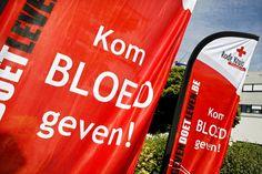 Belgische ambtenaren geven geen bloed meer na afschaffen vrije dag. Bloeddonaties gedaald met 10%, meldt het Rode Kruis. Over idealisme gesproken...