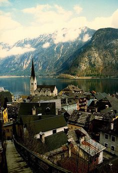 Austria has it all: mountains, lakes, great food, and friendly people. Source: Courtesy of buchbunch via Pinterest