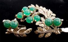 Miracle Set Scottish Celtic Irish Green Glass Cabochon Vintage Brooch Earrings | eBay