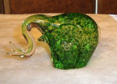 Nice Hand Blown Clear & Green Glass Elephant Paperweight Figurine