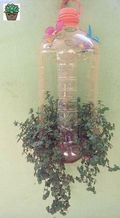 Plastic Bottle Crafts, Plastic Bottles, Decorating Bookshelves, House Plants Decor, Potting Soil, Potpourri, Horticulture, Glass Vase, Planter Pots