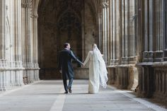 Claustro de la Catedral de Pamplona, una boda elegante y sencilla.  Fotografia Boda Pamplona