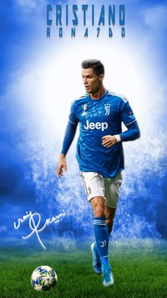 Juventus star Cristiano Ronaldo is a Footballing superstar, a brand and you may even call him a superhuman. Cristiano Ronaldo Shirtless, Cristiano Ronaldo Manchester, Cristiano Ronaldo Portugal, Cristiano Ronaldo Juventus, Cristino Ronaldo, Ronaldo Football, Best Football Players, Soccer Players, Funny Soccer Videos
