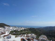 Desde lo alto de Frigiliana, Malaga