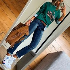 omfy look for a very fall day 🍂 - Lombn Sites Casual Work Outfits, Work Casual, Stylish Outfits, Fashion Mode, Tomboy Fashion, Fashion Outfits, Casual Chique, Classy Casual, Looks Jeans