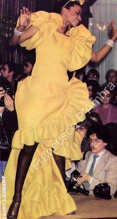 Janvier 1980. Haute couture été 1980. Documents Francesco D Ambra.