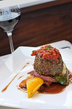 Bienvenue à notre nouveau membre / Welcome to our new member: LÀ! Grill Lounge | Rosemère Restaurant | Cuisine Bistro & Française | www.RestoMontreal.ca