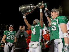 Darian Durant hoists the 2013 Grey cup Saskatchewan Roughriders, Canadian Football League, Grey Cup, Stand Up, Green Colors, Champion, Pride, Colour, Game