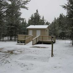 Nine years ago today -- on November 23, 2011 -- we closed #NaturistLegacyPark for the winter after its first full season of development. See some of what we accomplished at manitobanudist.figleafforum.com/23nov2011 (John Kundert's Manitoba #Nudist Scrapbook).
