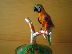 aluminum can sculpture - blue and gold macaw