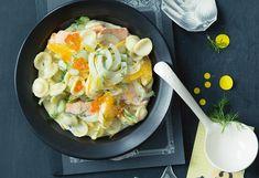 Fenchel-Nudeln mit Lachs und Orangen