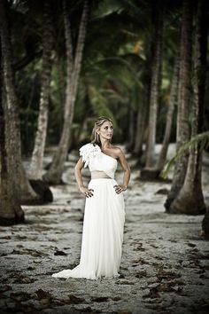 Beautiful Bride - Image © donmirraweddings.com
