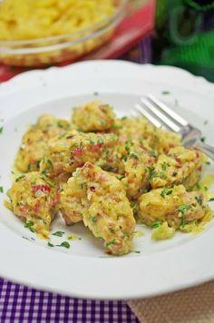 stuttgartcooking: Schwäbische Wurstknöpfle mit einer Zwiebelschmelze und Kartoffelsalat