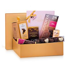 This golden gift set is filled with a beautiful collection of Godiva's best Belgian chocolates.
