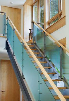 railing - use clear plastic panels (a la Plexiglass)?