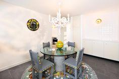 Zie je de Paper Chandelier van MOOOI al bij je thuis hangen? Bekijk de specificaties door op de foto te klikken.   #lightbrands #moooi #homeinspiration #interiorinspiration #homedeco #house #inspiration #livingroom
