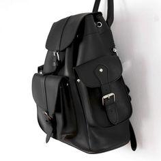 Cute Faux Leather Backpacks For Sale Cute Mini Backpacks, Stylish Backpacks, Leather Backpacks, Vintage Backpacks, Leather Bags, Best Leather Backpack, Black Backpack, Cute School Bags, Messenger Bag Backpack