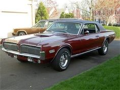 Google Image Result for http://images.classiccars.com/preview/58577_400600_1968_Mercury_Cougar%252BXR7.jpg