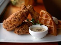 The best fried chicken in Austin and the secrets behind our favorites
