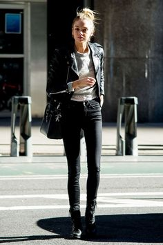 Black skinnies? Check. Slouchy knit? Check. Leather jacket? Check. Stella Maxwell in standard off-duty fare.