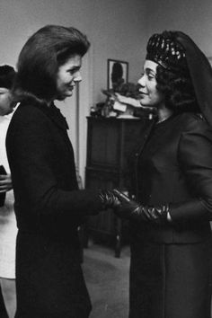 Jackie O Kennedy and Corretta Scott King , I LOOK AT THIS AND WONDER WHAT WAS SAID? HOW DID THEY GO ON WITH SUCH SYTLE AND CLASS! BOTH BEAUTIFUL WOMEN!