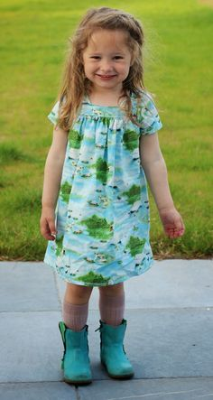 Een blog over naaien, stofjes, kinderkleding, styling. Sewing For Kids, Baby Sewing, Free Sewing, Sewing Ideas, Little Girl Dresses, Girls Dresses, Summer Dresses, Baby Girl Fashion, Fashion Kids