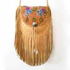 Beautiful handmade bags by First Nations designer Nathalie Waldman! >>