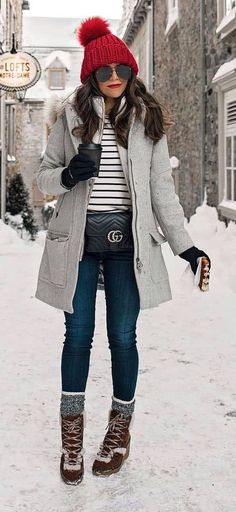 55+ Winter Outfits to Shop Now Vol. 2 / 47 #Winter #Outfits Winter Snow Outfits, Fall Outfits, Winter Outfits Casual Cold, Winter Wear, Ootd Winter, Winter Fashion Outfits, Snow Outfits For Women, Trendy Fashion, Winter Hats