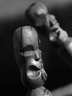 Hansen Kamiya | TIKI & BONE CARVINGS