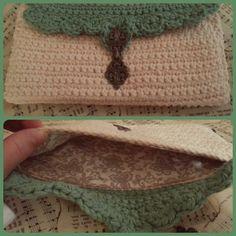 Crochet clutch  Forro