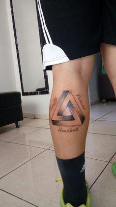 Leg Tattoos, Tattos, Small Tattoos, Sparrow Tattoo Design, Braking Bad, Cancun, Tattoo Designs, Wolf, Legs