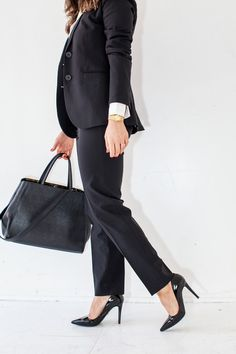 """What to Wear for a Job Interview  -- ometimes the most stressful part is knowing what to wear! With many companies requiring business casual wear and others promoting """"fashion"""" casual, it's hard to know how to dress for the interview!  Sometimes, you won't know the dress code until you show up, so how do we navigate this tricky corporate gray area? / 2015"""