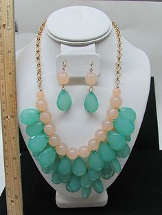 peach and mint set