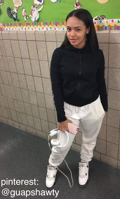 Check out ❤️ Lazy Day Outfits, Tomboy Outfits, Chill Outfits, Cute Comfy Outfits, Tomboy Fashion, Dope Outfits, College Outfits, Fashion Killa, Simple Outfits