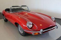 Jaguar - E-Type - 1969 - series 2 Classic Sports Cars, Classic Cars, Jaguar E Type, Jaguar Cars, R80, Cars Uk, Classic Trucks, Sexy Cars, Sport Cars