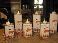 #noel2019decopourenfant Christmas Wood Crafts, Primitive Christmas, Christmas Signs, Christmas Snowman, Rustic Christmas, Christmas Projects, Winter Christmas, All Things Christmas, Fall Crafts