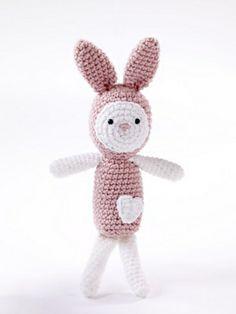 Ravelry: Amigurumi Heartfelt Bunny pattern by Lion Brand Yarn