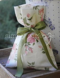 Lavender Bags, Lavender Sachets, Favor Bags, Gift Bags, Homemade Wedding Favors, Potli Bags, Gift Packaging, Christening, Diy And Crafts