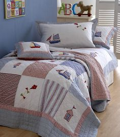 Children's/Boys Boats & Kites Single Patchwork Quilt in Blue, Red & White