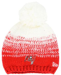 45baec30ab1 New Era Women s Tampa Bay Buccaneers Polar Dust Knit Hat Knit Hat For Men