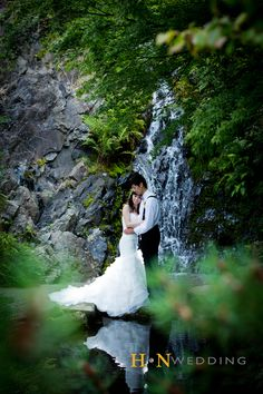 #WeddingDay #Nature #Bride #Groom #Vancouver #HNWedding #Outdoorshooting #www.hnwedding.com