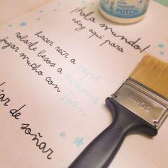 "Últimos detalles para el ""rinconcito"" de #littlenano ¡espero terminar antes de que llegue! #kids #cosasdelnano #baby #bloguerasembarazadas #38semanas #chalkpaint #modgepotch Diy, Crafts For Kids, Bricolage, Do It Yourself, Homemade, Diys, Crafting"