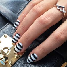 Black and white stripes done right. #GoodLooks
