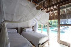 Open house Airbnb - Casas de Praia. Veja: http://casadevalentina.com.br/blog/detalhes/open-house-airbnb--casas-de-praia-3062 #decor #decoracao #interior #design #casa #home #house #idea #ideia #detalhes #details #openhouse #style #estilo #casadevalentina #bedroom #quarto