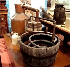 Ever wondered how to make a moonshine still? There's some great copper still plans out there to help if you're dead set on a DIY still. Moonshine Still Plans, Copper Moonshine Still, How To Make Moonshine, Making Moonshine, Whiskey Distillery, Whisky, Brewery, Moonshine Distillery, Homemade Still