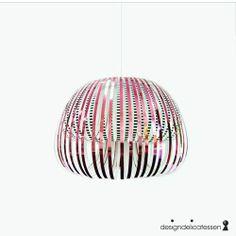 Lampe fra Artecnica. Designdelicatessen.no, kr 1899,-