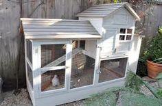 High rise living for hens