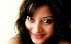 In a new revelation in Sheena Bora murder case, prime accused Indrani Mukerjea's driver Shyamvar Rai has claimed he was present when the 24-year-old was strangled. Rai also said that he has now decided to turn an approver in the case. Rai's statement was 'Sheena was killed by strangulation. I was a participant in the … Continue reading Sheena Bora was strangled: Indrani's driver »   #LittleNews #SheenaBora #Murder #India