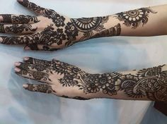 Very nice design Arabic Mehndi Designs, Hand Henna, Hand Tattoos, Cool Designs, Nice, Arabic Henna Designs, Nice France
